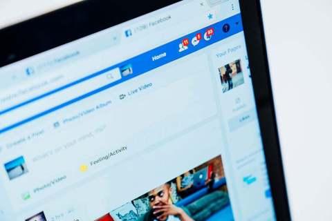 Как редактировать списки друзей в Facebook