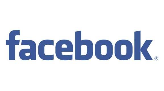 Как удалить историю на Facebook
