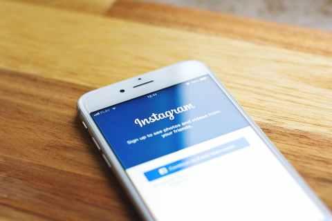 Как скачать и сохранить чужое видео из Instagram