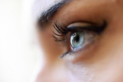 Как исправить эффект красных глаз в Google Фото