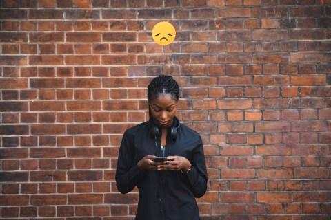 Лучшие текстовые сообщения для грустных подруг