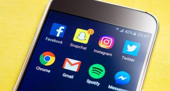 Безопасно ли отправлять обнаженные фото на Snapchat?
