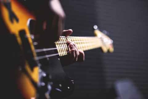 105 музыкальных подписей в Instagram, чтобы зажигать на любимом концерте